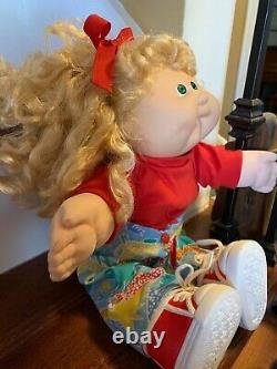 1989 Cabbage Patch Designer Line blonde curly hair green eyes Headmold 18