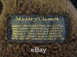 A Robert Lewis Idea Vintage Leather Pile Lined Size 40 Jacket Coat