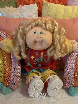 Cabbage Patch 1989 Design Line HM19, Blonde, Green, Red Dress, Teeth