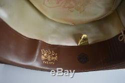 Excellent shape! Vintage 1940's, 1950's Dobbs fedora hat, Leisure line 7 1/4