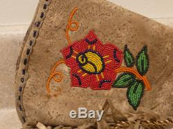 S25 vintage native american beaded gauntlets gloves cloth lined hand stitched
