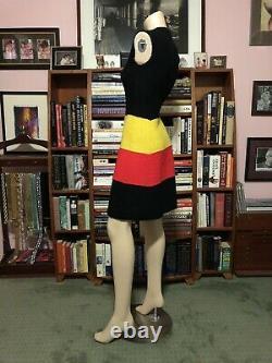 St. John Retro Heavy Nubby Knit Fitted Scooter Shift A Line Dress Belt 2/4
