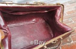 Superb Quality Vintage Red leather Lined Gladstone Bag