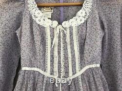 VINTAGE 70s Gunne Sax Purple Floral Lace Up Dress Prairie Lace Lined Size 5