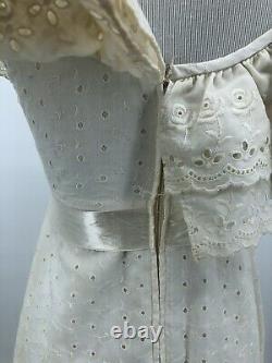 VTG 70s Handmade Ivory Eyelet Maxi Dress Boho Wedding Ruffled Union Made Sz XS/S
