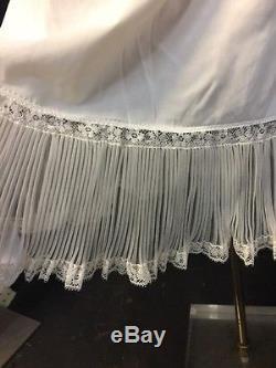 VTG Shadow Line Nylon White Lacy Wide ruffle accordion diamond pleat slip 34 NWT