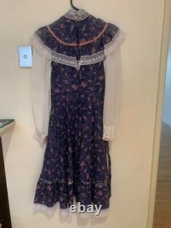 Vintage 70's Blue Floral Gunne Sax Prairie Dress