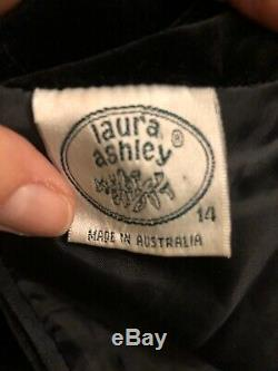 Vintage 80s LAURA ASHLEY Black Velvet Goth Romantic Dress. Size 10-12