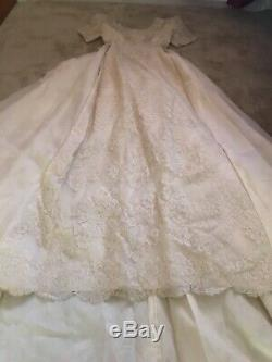 Vintage A Line Boat Neck Handmade Wedding Dress Flowers Bridal Gown Size 0/2 XS