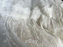Vintage Eyelet Lace Wedding Dress Handmade Ivory Small Lined Bodice