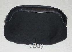 Vintage GUCCI Navy Blue Cloth Logo Puffy Clutch Purse Bag or Make-up Excellent