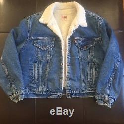 Vintage Levi's Blue Denim Jean Jacket Coat Synthetic Shearling Lined Large 46R
