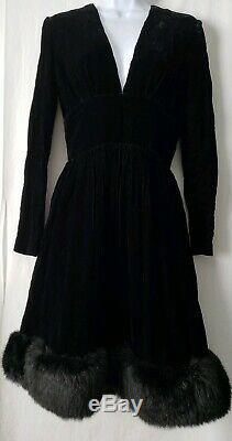 Vintage Victor Costa Solid Velvet Black Daring Plung Dress & Black Fox Trim 8