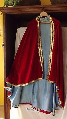 Vtg 1960's Moroccan cape red velvet lined blue withhood