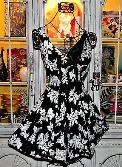 Vtg Betsey Johnson Dress FLORAL EMBROIDERED Black Tea Cocktail Prom Party 10 M