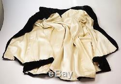 Vtg Black Velvet Rhinestone Clasp Opera Cape Cloak Gothic Collar Lined Reverse
