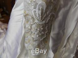 Vtg High Neck Wedding Dress with Train Loop 3 Layer Satin Tulle Dress Line
